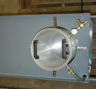 "15""id x 20"" deep vacuum chamber on cart with pump"