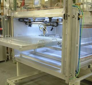 Large robotic vacuum filling with mechanic lifting vertical door