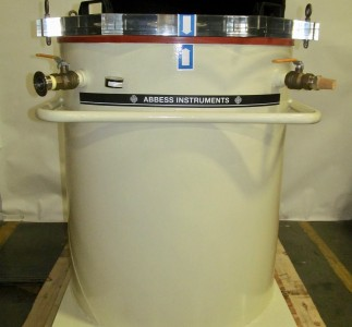 55-gallon drum vacuum chamber designed for degassing large volumes.