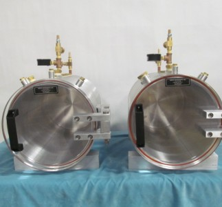 Two Horizontal aluminum round vacuum chamber with acrylic doors