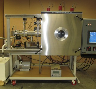 Custom thermal vacuum chamber with sliding door